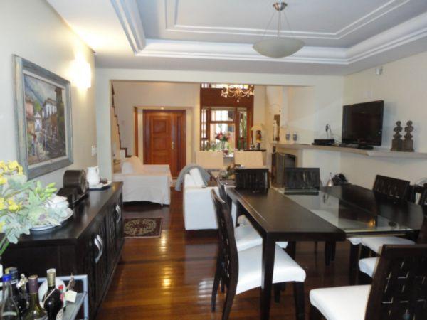 Imóvel: Albert Imóveis - Casa 4 Dorm, Boa Vista (3013)
